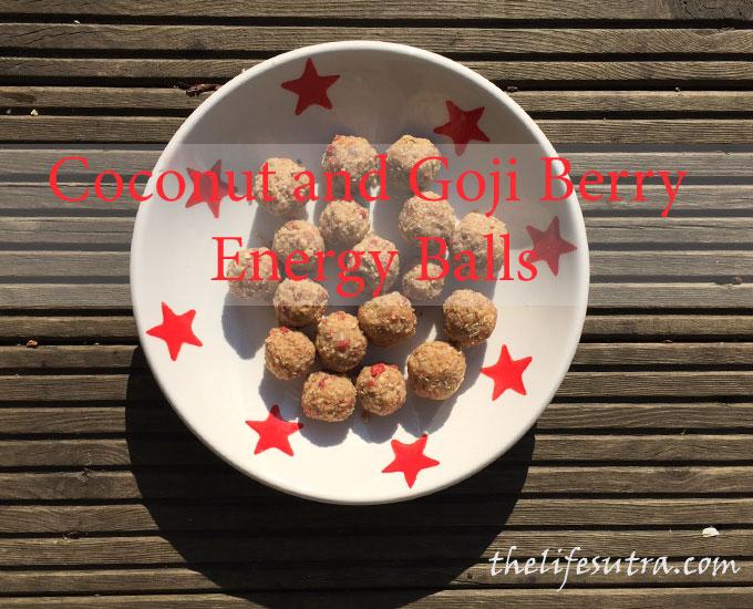 coconut-goji-balls